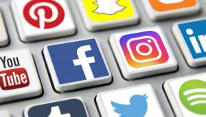 Icônes de médias sociaux Facebook, Instagram et autres